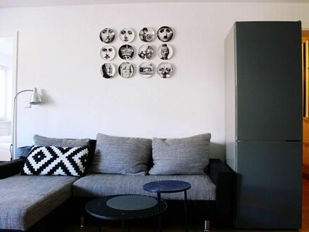 Sehr schöne möblierte 2-Zimmer Wohnung in München Giesing, verkehrsgünstig gelegen | Perfect and neat loft in vibrant neighbourhood