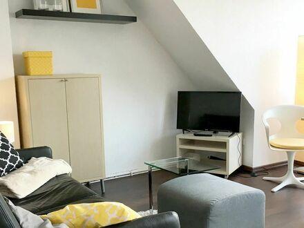 Gemütliche DG- Wohnung für 1-2 Personen mit großem Dachbalkon in Bremen Findorff | Cozy apartment for 1-2 persons + sunny…