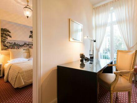 Sehr ruhiges Apartment mit Balkon zum Garten | Very quiet apartment with balcony to the garden