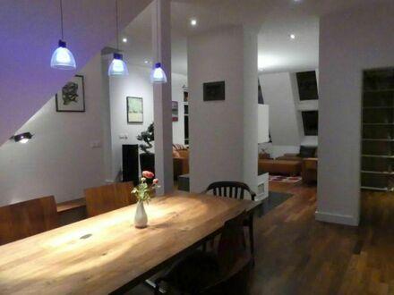 Modische & gemütliche Wohnung in lebendiger Straße | Nice, fashionable studio in the heart of town