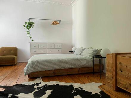 Helles, ruhiges und wunderschön eingerichtets Apartment im Herzen Neuköllns mit Balkon! | Light, quiet and beautifully furnished…