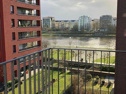 Charmante & Exklusive - voll möblierte Manager Wohnung direkt am Wasser neben EZB in Frankfurt am Main | Luxury apartment…