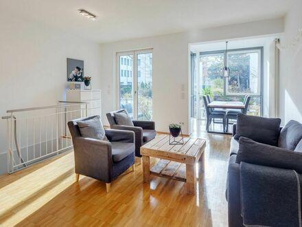 Schöne Wohnung mit Garten zur Untermiete | Nice and modern apartment with own garden for 12 month