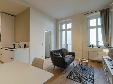 Moderne, ruhige 2-Zimmer Altbau Wohnung mit hochwertiger Ausstattung im Herzen Berlins! | Modern, luxury furnished quiet…