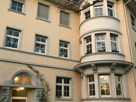 Sehr große möblierte Altbauwohnung | Amazing loft in Frankfurt am Main