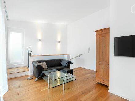 Großartige Wohnung mit Dachterrasse und toller Anbindung in Niederrad | Modern flat in Niederrad with balcony and great connection