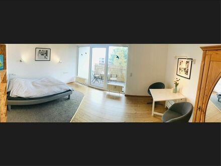 Helles Apartment zum leben - mit großen SW-Balkon, T-Garage und WLAN | Nice Apartment for living with WiFi, Balcony and Garage