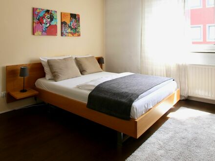 Helles City-Apartment im hippen Ehrenfeld | Urban city apartment in downtown Cologne