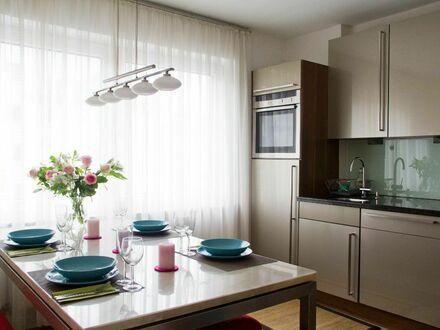 Elegante 2-Zimmerwohnung nahe Dom Hbf mit hochwertiger Küche | Elegant 2 room apartment near Dom main station with high-quality…
