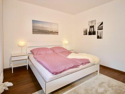 Ruhiges und helles Apartment im Zentrum von Bochum | Neat, spacious home in Bochum