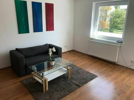 Praktische voll möblierte Wohnung in Wiesbaden | Practical fully furnished apartment in Wiesbaden