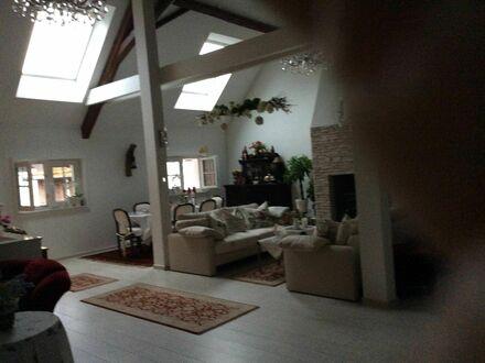 Gemütliche, großzügige 170m2 Haus in Nidderau - 45 Min nach FFM (mit Fußbodenheizung) | Comfortable, spacious 170sqm House…