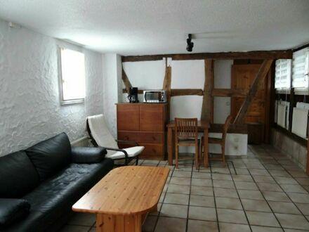 Schöne 2 Zimmer Wohnung im Fachwerkhaus in Bonn Oberkasseler | Nice 2 room apartment in a half-timbered house in Bonn Oberkasseler