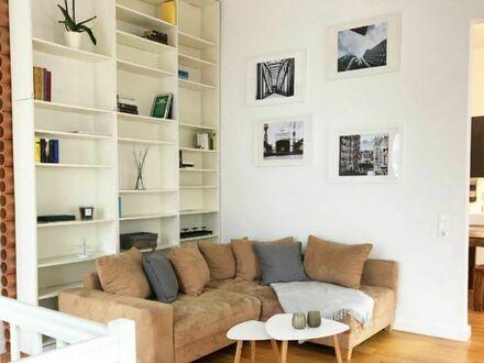 Modern und stilvoll möblierte Maisonettewohnung in Altona-Altstadt (Nebenkosten und WLAN inklusive) | Modern furnished stylish…