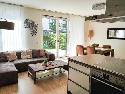 Moderne, geschmackvoll eingerichtete 3-Zimmerwhg. + Tiefgaragenstellplatz in Lokstedt/Eimsbüttel   Modern, fashionable apartment…