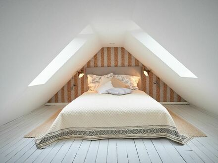 Liebevoll eingerichtete Dachgeschoss-Maisonette-Wohnung im Herzen von Essen | Lovingly furnished top floor maisonette apartment…