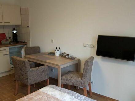 Schicke, stilvolle Wohnung nahe Flughafen und Messegelände | Modern and charming apartment in Düssseldorf - Unterrath