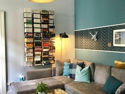 Das Rundum-Sorglos-Paket, kleine ruhige Altbauwohnung mit allem drum und dran | The all-round package, cozy apartment, centrally…