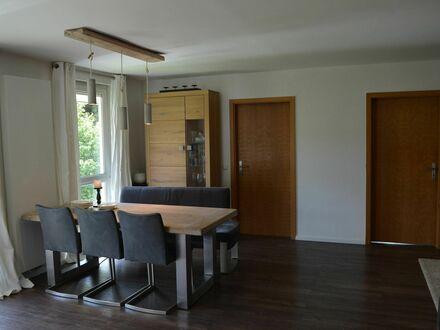 Stilvoll eingerichtete Maisonette Wohnung mit tollem Außenbereich in der Nähe Stuttgart. | Stylishly furnished maisonet…