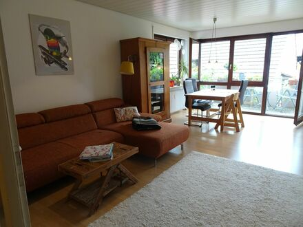 Schöne Wohnung im Zentrum von Weinstadt, in der Nähe von Stuttgart | Cute & neat home in Weinstadt