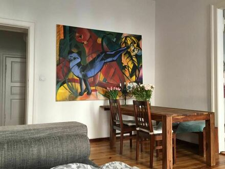 Zentral gelegene, große Kiez Wohnung mit Balkon | Beautiful spacious apartment in marvellous Schöneberg