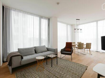 Traumhafte, Lichtdurchflutete Wohnung im Friendstower Nymphenburg   Charming & bright flat with great view!