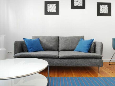 Helle 5 Zimmer Wohnung in Mitte | Bright 4 Bedroom Apartment in Mitte
