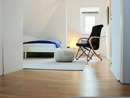 Helles & wunderschönes, Luxus Apartment in Duisburg/ Wedau | Fantastic and lovely apartment in Wedau (Duisburg)