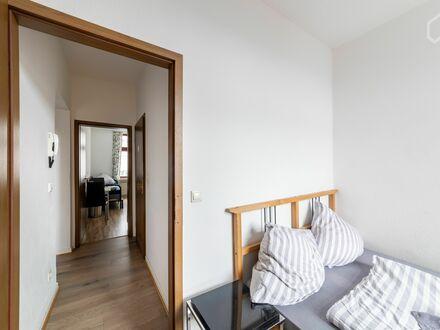 Liebevoll eingerichtetes, helles Studio | Charming and awesome loft, Wuppertal