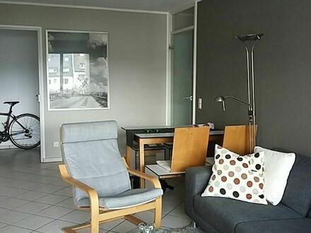 Moderne 2-Zimmer-Wohnung im zentralen Ehrenfeld   2-room-apartement in the heart of Cologne