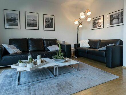 Traumwohnung direkt am Kanal mit riesigem Balkon und fußläufig zum Szeneviertel Mühlenkamp, Stadtpark + Alster | Quiet apartment…