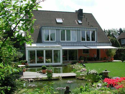 Gemütliche Dachgeschosswohnung im beliebten Vorort Angermund (Norden von Düsseldorf, Messenähe) | Comfy 80 sqm Penthouse…