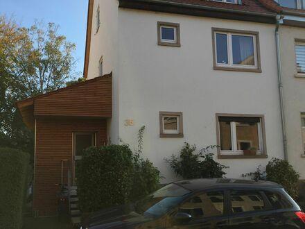 Einfamilien-Reihenendhaus, möbliert in guter Lage in Mannheim-Almenhof | Family House, furnished, in great location in Mannheim-Almenhof