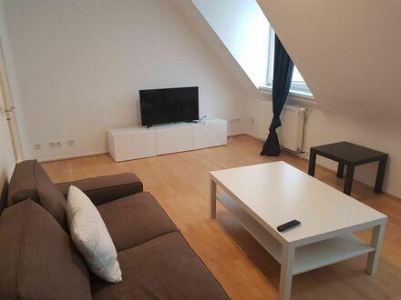 Stilvolle und moderne Wohnung direkt am Carlsplatz! | Fantastic and lovely apartment directly at the Carlsplatz!