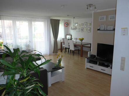 Wunderschöne 2-Zimmer-Wohnung am Ortsrand von Gerlingen, super Lage | Beautiful 2-room-apartment on the outskirts of Gerlingen,…