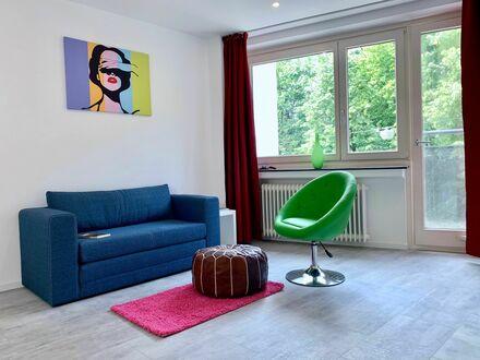 Helle 2 Zimmer Wohnung in zentraler Lager, neu renoviert | Bright 1 Bedroom Apt center Augsburg, newly ronevated