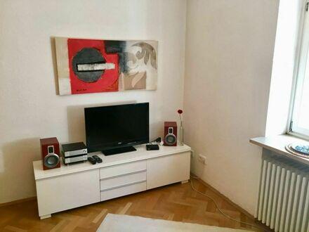 Attraktive Hochparterre 2 Zimmer Wohnung München | Attractive 2 room apartment in Munich