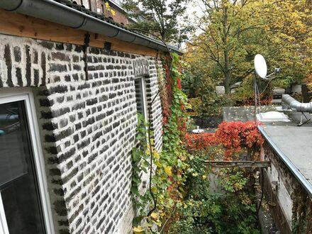 Kleine, ruhige und gemütliche Altbauwohnung im urbanen Köln-Ehrenfeld | Gorgeous suite in Köln Ehrenfeld