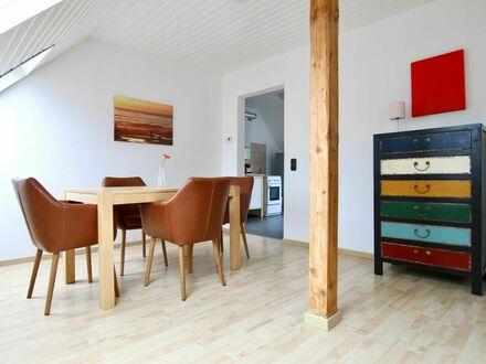 Großartiges und helles Zuhause in Ehrenfeld | Fantastic & bright apartment in Ehrenfeld