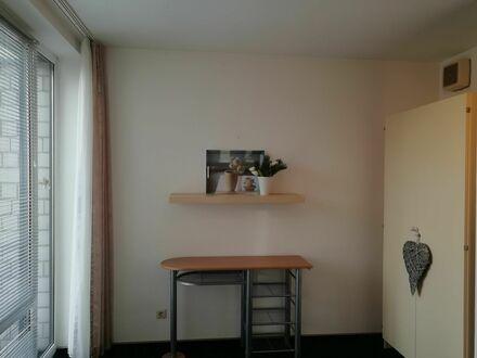 Hübsches Appartement mit Balkon und Tiefgaragenstellplatz | Charming apartment in Bonn