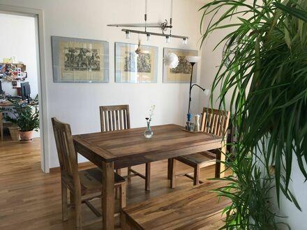 Ruhiges Apartment mit Balkon und Tiefgaragenstellplatz direkt am Volkspark in Weisenau | Quiet apartment with balcony and…