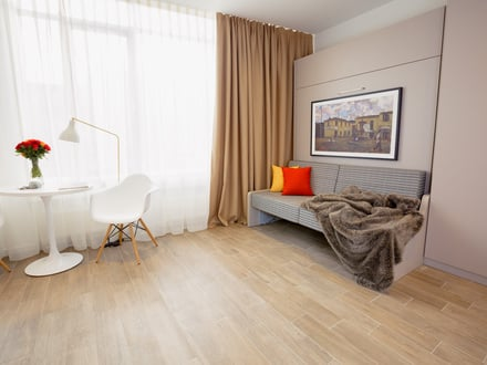 Komplett eingerichtetes Serviced Apartment mit Leseecke, Housekeeping und einem Host, der sich um dich kümmert | Fully equipped Serviced Apartment with reading and relaxation area, housekeeping and a host who cares about you