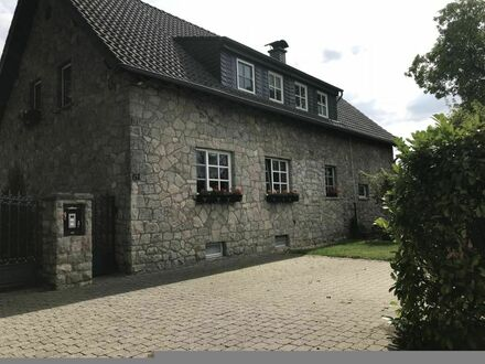 Charmantes Landhaus Apartment mit Terrasse | Charming country side apartment with terrace