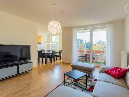 Ruhige & moderne Wohnung auf Zeit in Friedrichshain/Halbinsel Stralau | Quiet & modern apartment for a limited time in Friedrichshain/Peninsula…