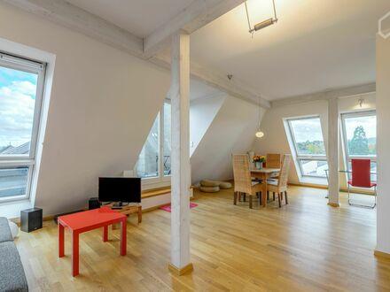Elegantes Studio mit der höchsten Dachterrasse der Bonner Südstadt +++ direkt am Uni-Campus | Stylish studio with the h…