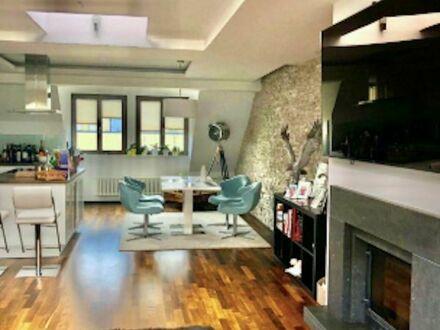 Lichtdurchflutete Wohnung mit Komfort - Kamin, Sauna und Klimaanlage | Light-flooded apartment with comfort - fireplace,…