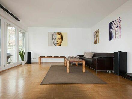 Traumhafte, moderne Wohnung, hochwertig, ruhig und zentral   Spacious & amazing flat located in Düsseldorf