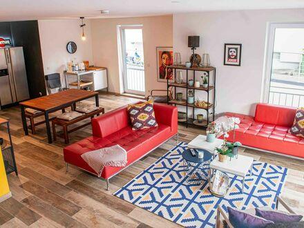 Luxuriöses, Business-Apartment in Holzlar mit Inneneinrichtung im industriellen Look | Luxury, business apartment in Holzlar…