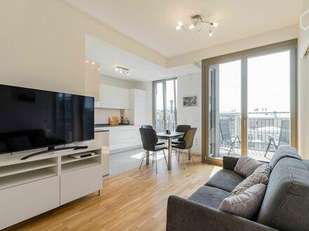 Luxuriöses, voll-möbliertes Apartment in Charlottenburg   Luxurious, fully furnished apartment in Charlottenburg
