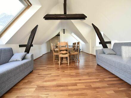 Fantastische & helle 4 Zimmer Wohnung in der schönen gepflegten Altbau in Düsseldorf | Fashionable, amazing loft (Düsseldorf)…